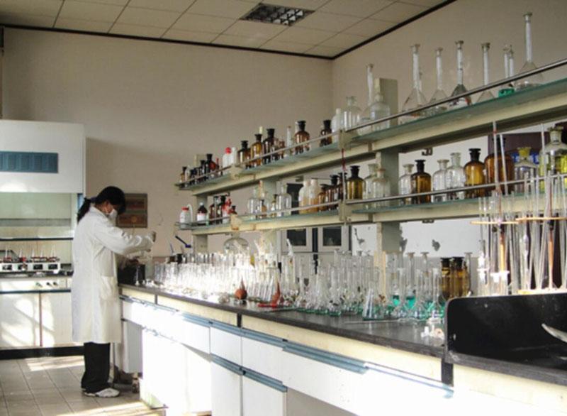 Wet chemical analysis